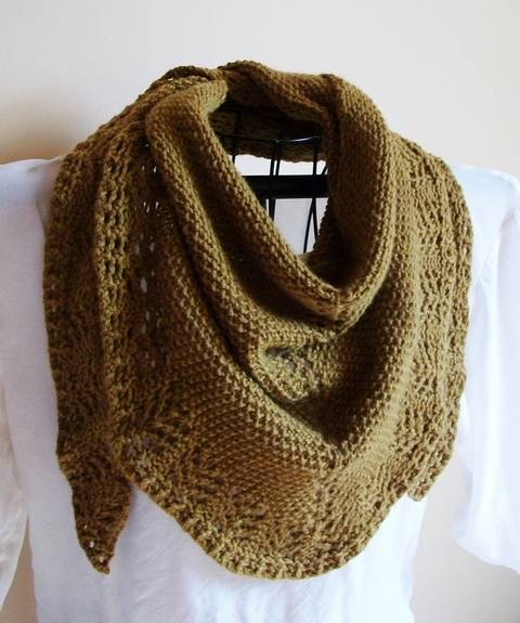 Ladies Mantle knit Triangle Scarf