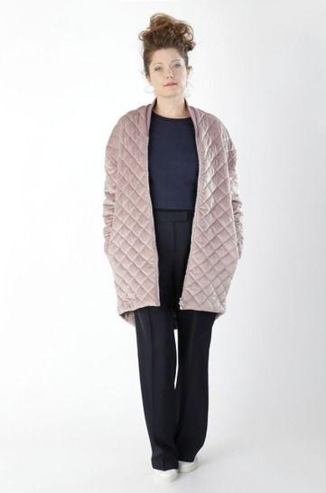 Manteau Marion: Patron de couture et instruction avec des images, en Anglais et en Allemand chez Makerist - Image 1