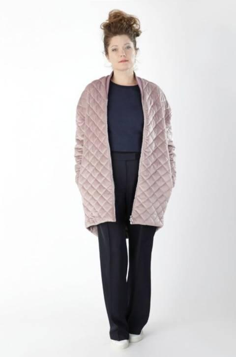 Manteau Marion: Patron de couture et instruction avec des images, en Anglais et en Allemand chez Makerist