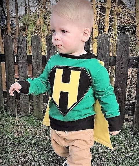 Supershirt HeyHero mit Umhang und Applikationsvorlagen