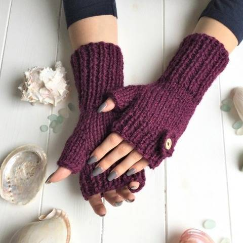Seaflower Fingerless Gloves - 2yrs to l adult - easy/int