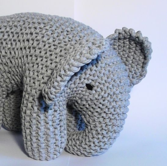 Big Grey Elephant at Makerist - Image 1