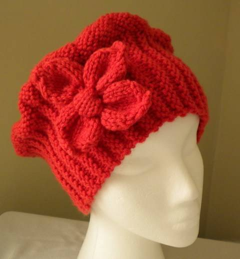 Cloche Hat with Flower- Knitting Pattern