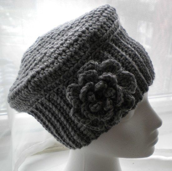 Cloche Hat with Flower- Crochet Pattern at Makerist - Image 1