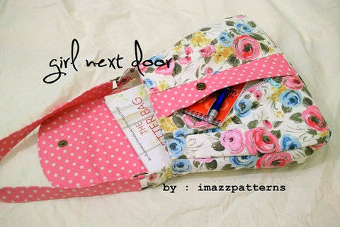 A medium size  shoulder bag with a large secret front pocket. Casual style. Detailed tutorial with loads of photos. Easy to make at Makerist
