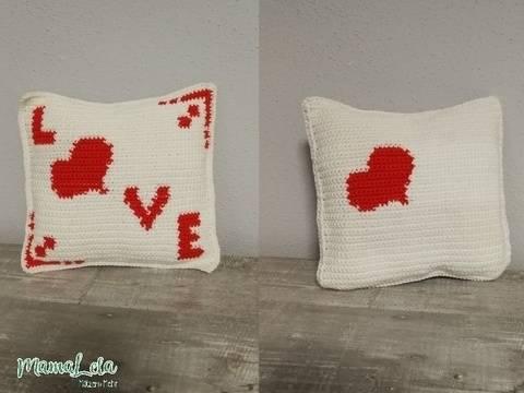 DEKORATION Kissen Love, klein - Häkelanleitung bei Makerist