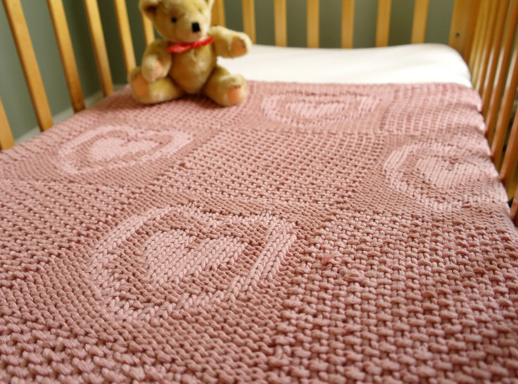 Easy heart pattern chunky baby blanket at Makerist - Image 1