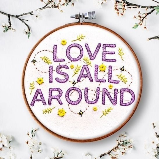 Love is all around Stickanleitung bei Makerist - Bild 1