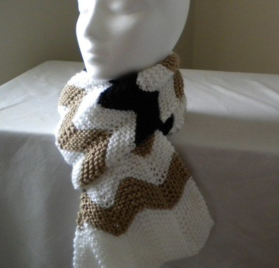 Chichi Chevron Scarf- Knitting Pattern at Makerist - Image 1