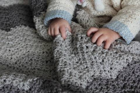 Stormie Blanket - crochet at Makerist