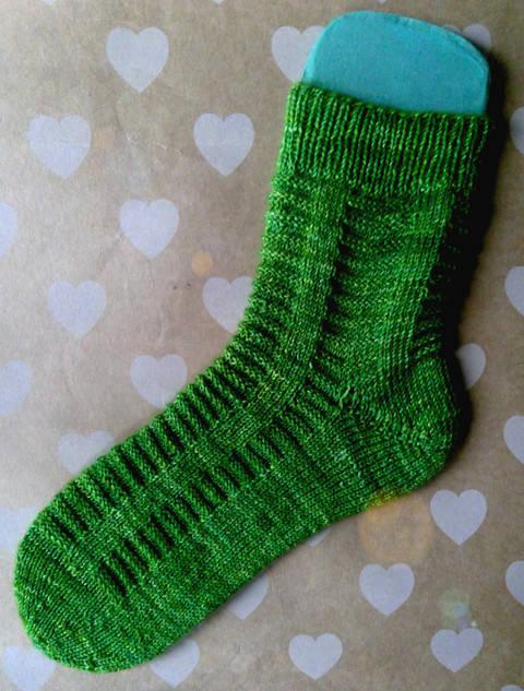 "Socken ""Grønn!"" aus dem Kieler Wolle SockClub Oktober 2017 bei Makerist"