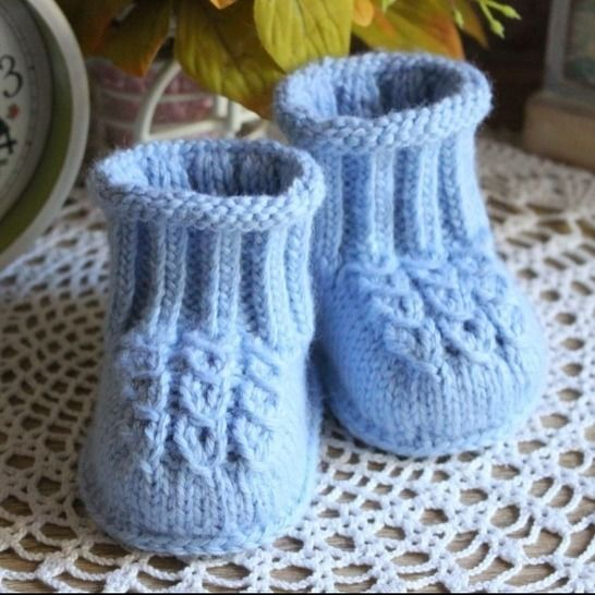 Baby Booties Knitting Pattern at Makerist - Image 1