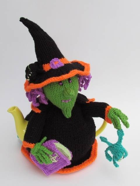 Witches Brew Tea Cosy at Makerist