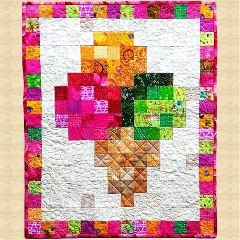 August Ice Cream Cone Quilted Wall Hanging Pattern at Makerist