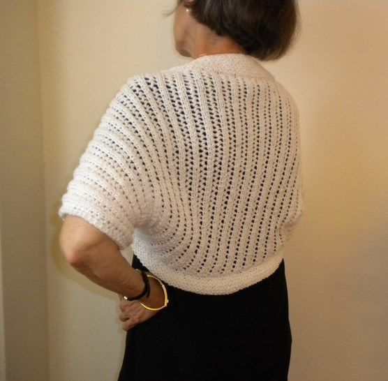 Cascading Lights Bolero/Shrug- Knitting Pattern at Makerist - Image 1