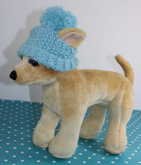 FREE Dog Bobble Beanie Hat at Makerist - Image 1