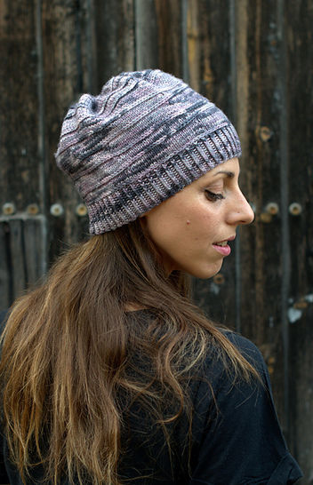 Contoura hat - knitting pattern at Makerist - Image 1
