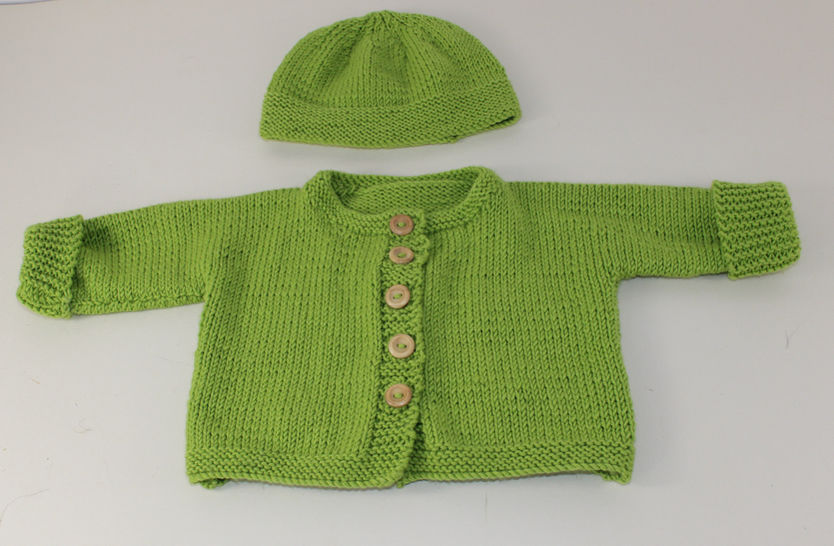 Baby Onepiece Cardigan and Beanie Hat at Makerist - Image 1