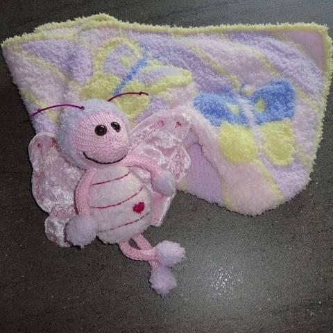 Baby-Decke mit Schmetterling, Strickanleitung von DaDaDe
