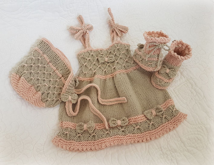 Little Bo-Peep Baby Dress, Bonnet and Booties Set  (0 - 24 months) at Makerist - Image 1