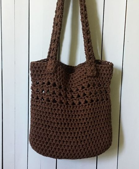 Crochet Bag Pattern (Timeless Tote) at Makerist - Image 1