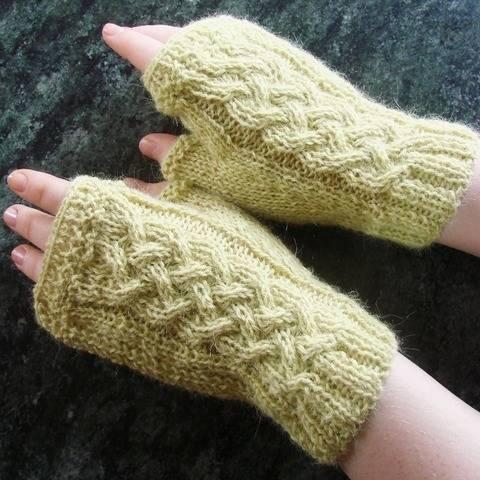 Caitleen - My Fingerless gloves - Sizes XS - S - M - L bei Makerist