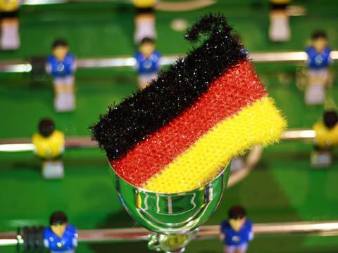 Fan-Schwamm zur Fußball-Weltmeisterschaft häkeln