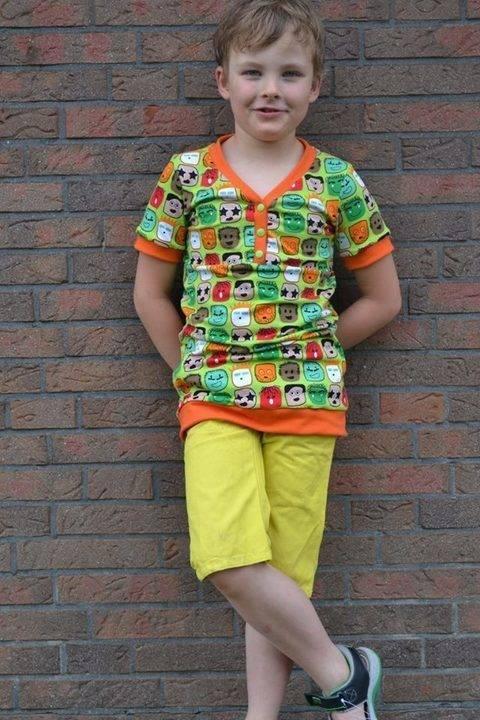 """Wandelbares Jungen Shirt """"SoSevenBoys"""" Nähanleitung und Schnittmuster bei Makerist"""