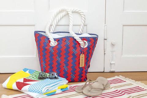 """Gewebte Strandtasche – mit Lehrgang """"Fabric Weaving"""" bei Makerist"""
