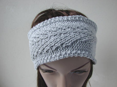 Feather headband - knitting pattern at Makerist