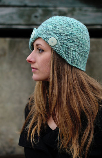 Campello cloche hat - knitting pattern at Makerist - Image 1