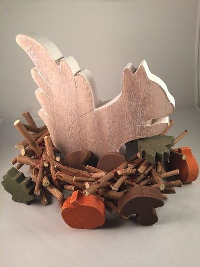 Holzkranz im shabby look - der ultimative Basic Deko-Allrounder für jede Jahreszeit bei Makerist - Bild 1