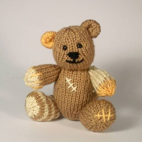 Well-Loved Teddy at Makerist