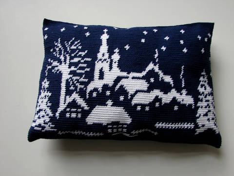 Snowy landscape pillow, winter wonderland - crochet pattern