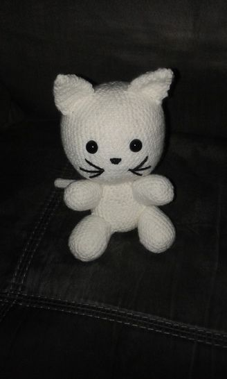 Doudou chat blanc - tutoriel de crochet chez Makerist - Image 1