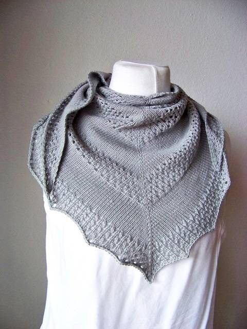 "Knitting pattern shawl ""Tipsy"""