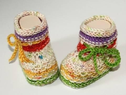 Strickanleitung Babyschuhe, Sohlenlänge ca. 9 - 9,5 cm bei Makerist