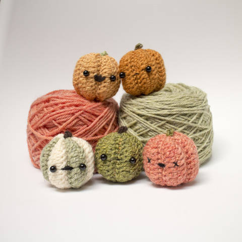 Amigurumi Pumpkin Crochet Pattern at Makerist