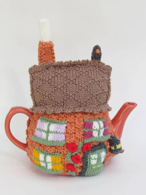 Home Sweet Home Tea Cosy at Makerist