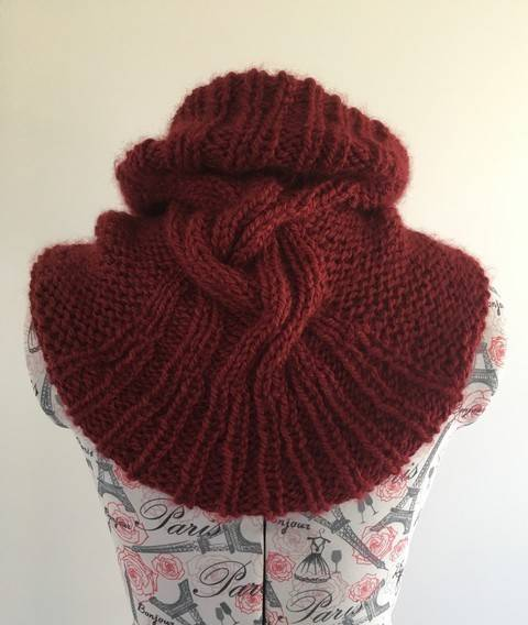 Snood for Agnes - knitting pattern at Makerist