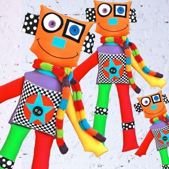Isaac the Robot at Makerist - Image 1