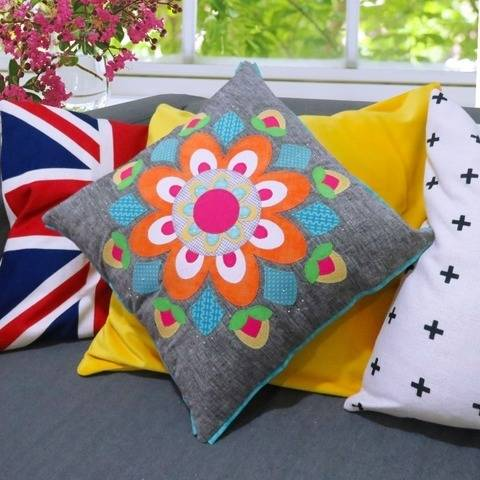Spring Mandala Cushion at Makerist