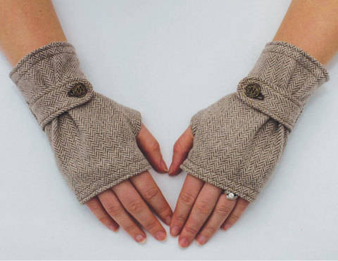 Gloves Sewing Pattern at Makerist