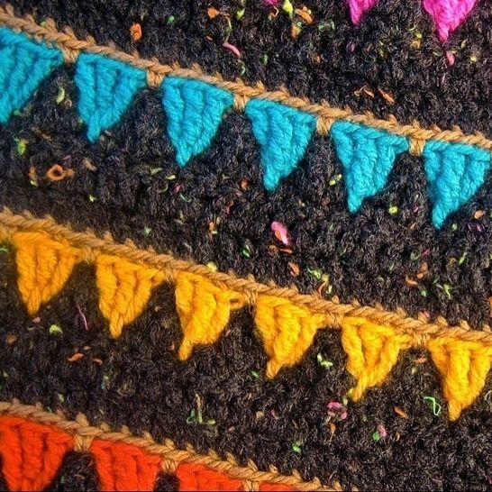 Häkelmuster Girlande Wimpel Geburtstag Decke Kissen Poncho bei Makerist - Bild 1