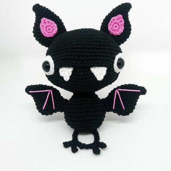 Ravelry: Chloe, the bat pattern by manuskacrochet | 546x546