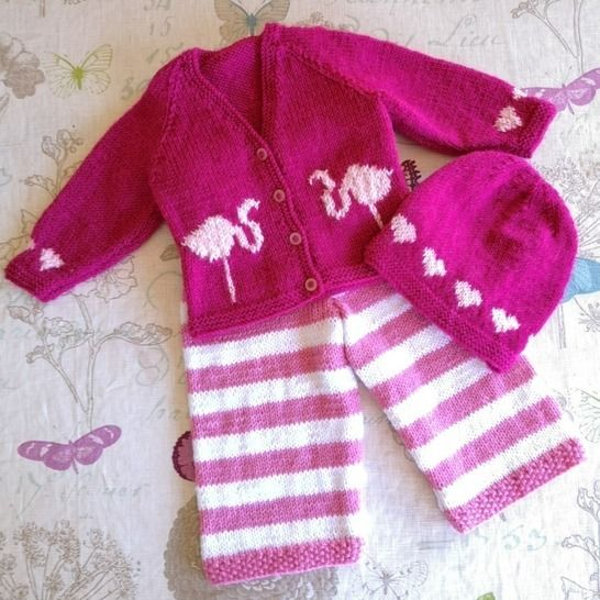 Flamingo and Heart Baby Outfit at Makerist - Image 1
