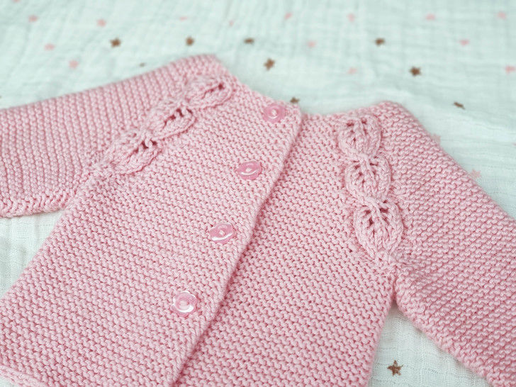 Everlee Cardigan, Knitting Pattern at Makerist - Image 1