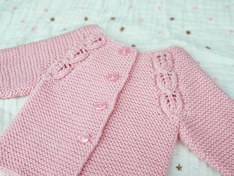 Everlee Cardigan, Knitting Pattern at Makerist
