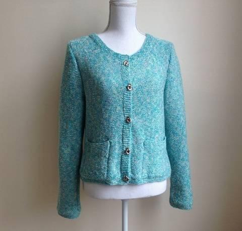 Gilet Fiene 50/52 - explications détaillées en tricot chez Makerist
