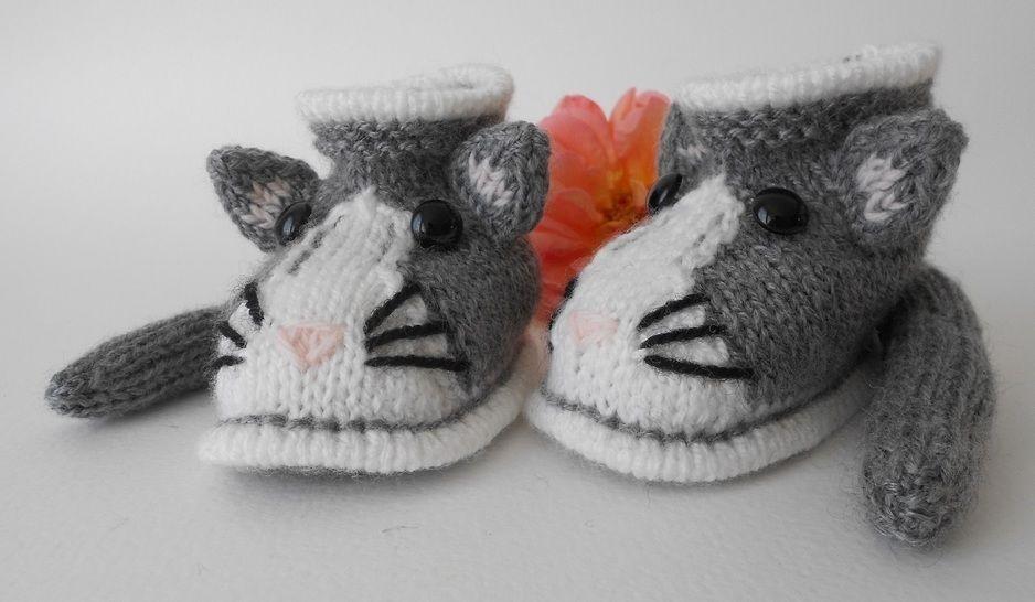 Chaussons chat taille 6 mois - tutoriel tricot bébé PDF chez Makerist - Image 1